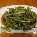 Pad Pak Bung Fai Daeng + Rindfleisch